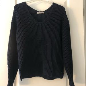Everlane Texture Cotton V-Neck Sweater